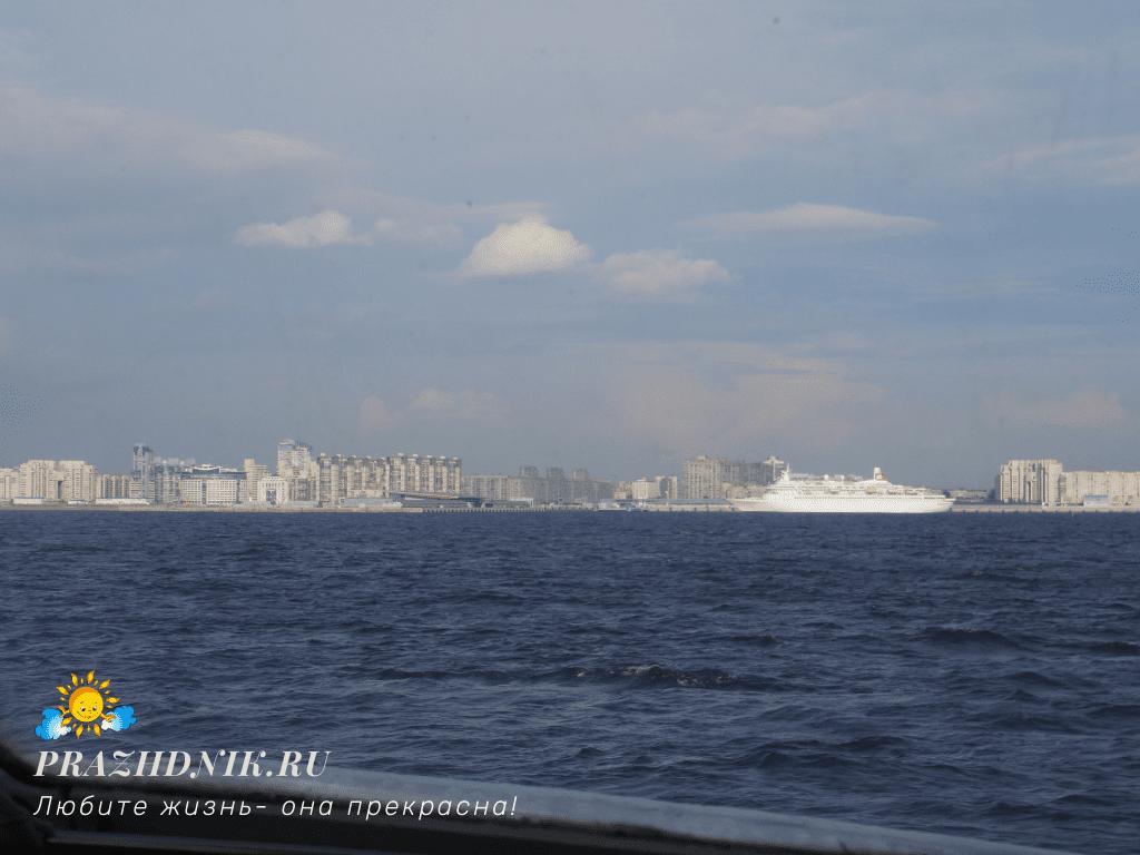 Sankt-Peterburg-Meteor